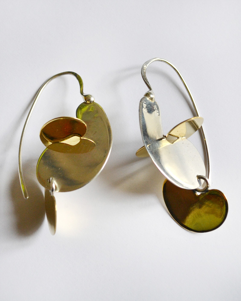 Earrings in silver and bronze